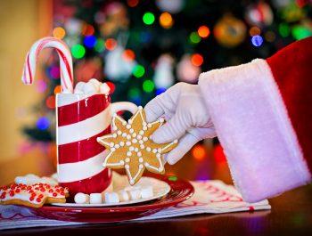 Zaproś dodomu świąteczną magię – jak przygotować się zdzieckiem naŚwięta?